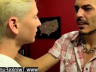 Gay shit boy porn The dude comebacks home not sure what to expect | boys  dudes  gays tube  homemade