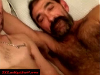 Mature straight bear gets cum in beard | bears best  cums  getting  masturbating  mature  straight