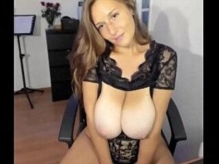 Amazing busty woman | amazing